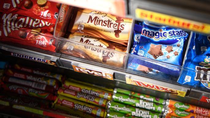 London Mayor bans fast food advertisements
