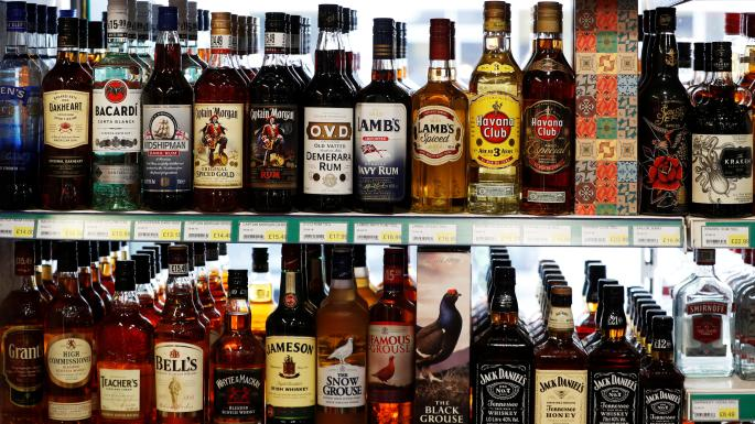 Scottish medical experts call for alcohol to have warning labels similar to cigarettes