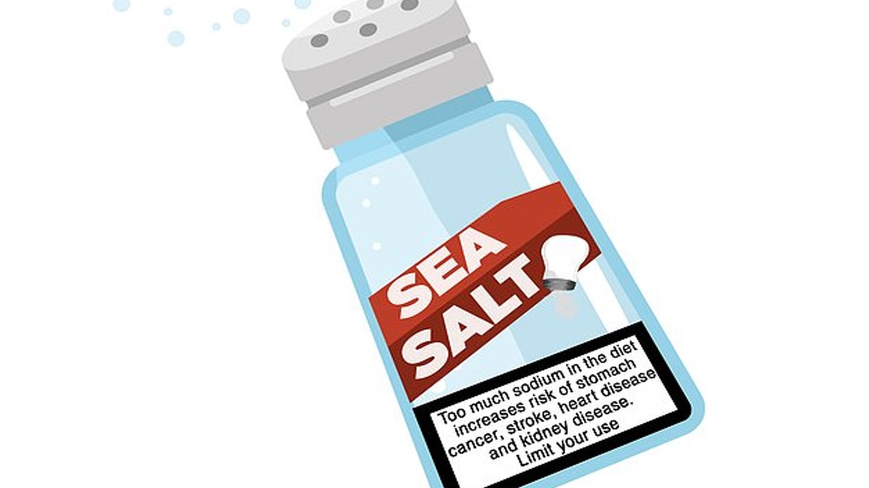 Saltshakers in restaurants may get tobacco-style warning labels